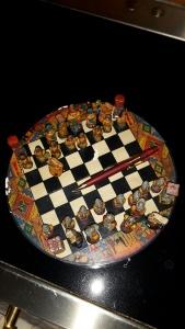 Schackspel modell mindre. Peruanskt.